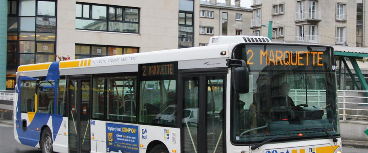 Laon, France, Bus in mobility