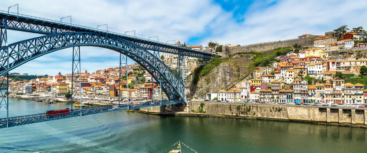 Extrapolitan - Sightseeing - Bus tour hop on hop on - Porto Potugal - RATP Dev